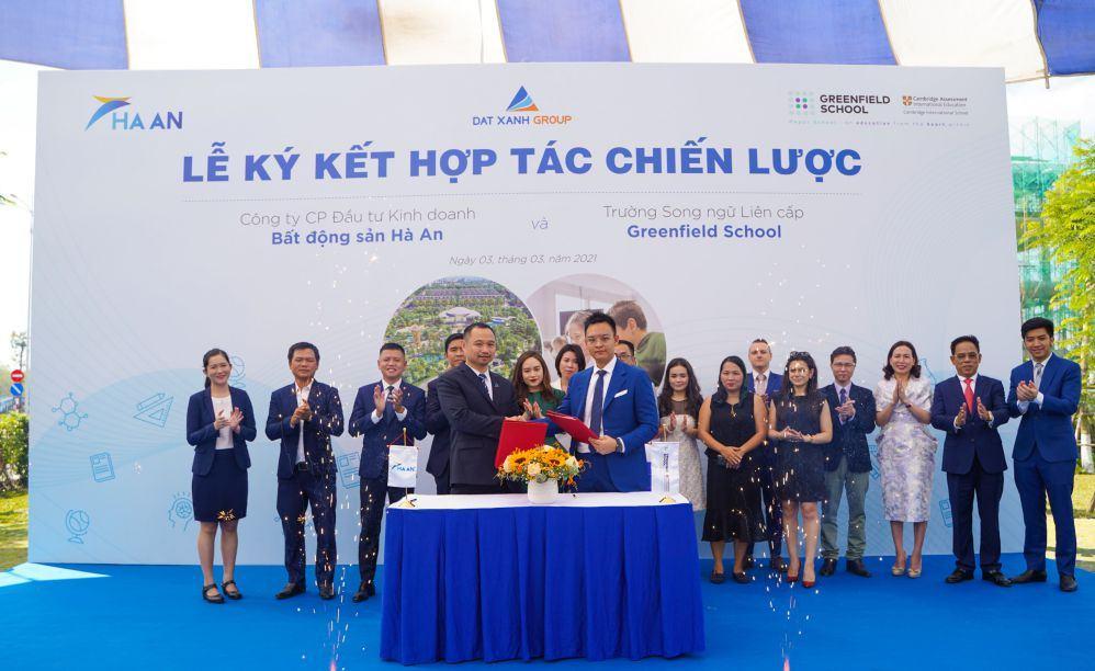 Lễ ký kết với Hệ thống giáo dục Greenfield School tại Gem Sky World 3