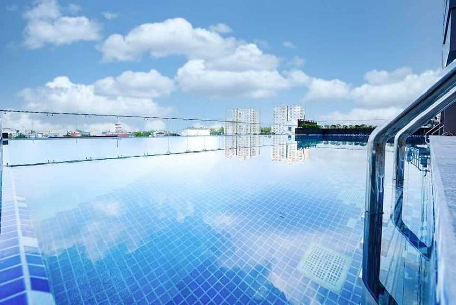 Hồ bơi skyview dự án Opal Boulevard Bình Dương